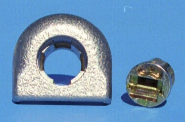 Zinc die cast lock shell for a auto roof top carrier and a lock plug